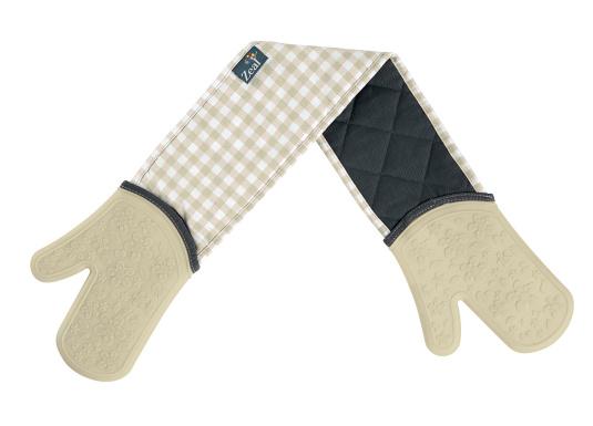 Zeal Gingham Double Oven Gloves in Cream