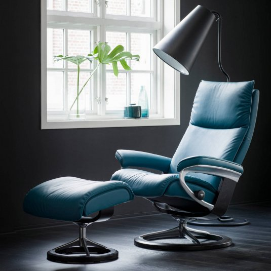 Stressless Aura Recliner Chair & Stool with Signature Base