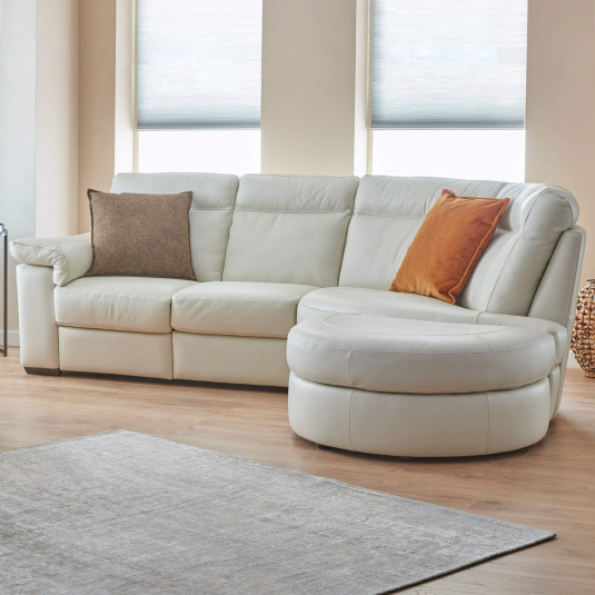Natuzzi Editions Brivido Off White Leather Electric Recliner Corner Group - Lifestyle | Housing Units