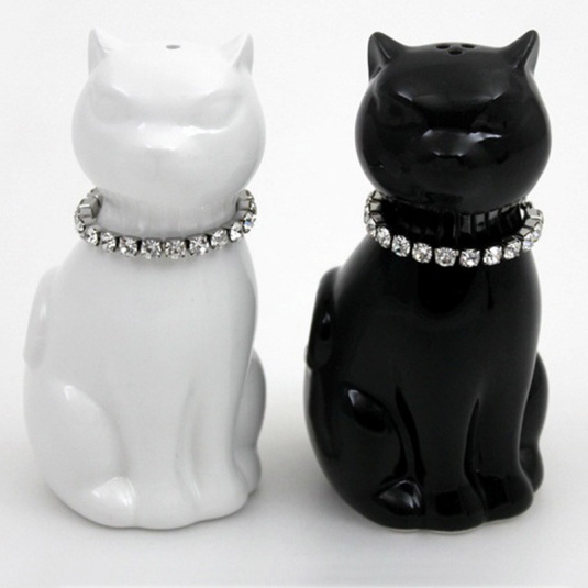 Black And White Cat Salt And Pepper Set