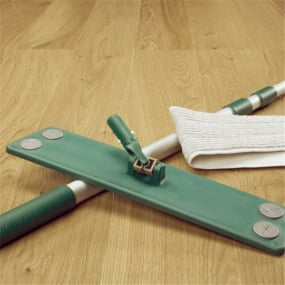 Laminate Floor Cleaning Kit Collection