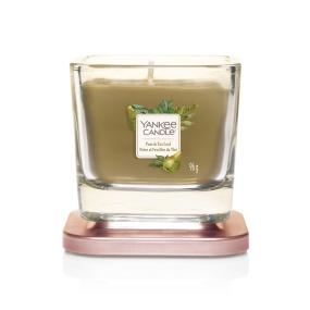 Yankee Candle Pear & Tea Leaf Small Candle